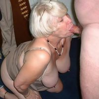 Denise mamie libertine gourmande de pipes