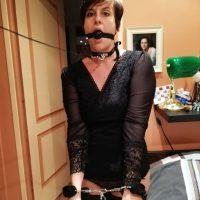 Eliane femme soumise veut une punition sexuelle