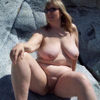 Brigitte salope grassouillette adore se faire sodomiser